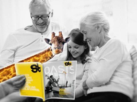 Großeltern mit Enkelkind, OASIS Magazin und Gisi